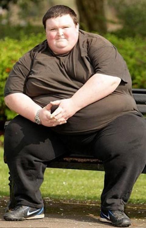 предпочитаю смотреть фото толстых парней сдавила