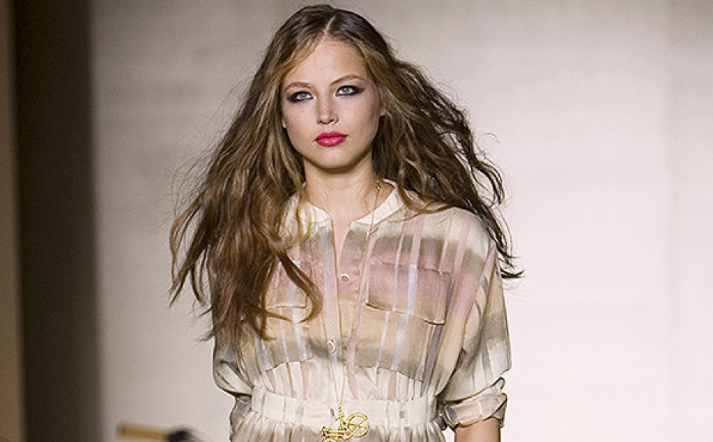 девушка модель анастасия дроздова