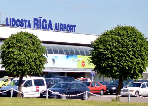 """Starptautiskā lidosta """"Rīga"""""""