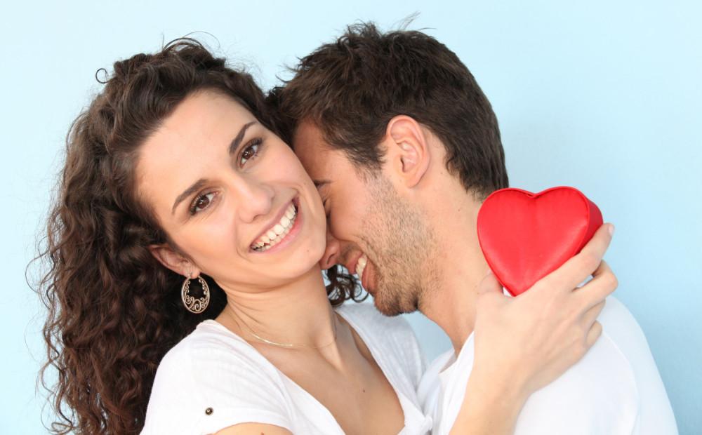 Смотреть Как привлечь мужчину, не навязываясь: 11 секретов видео
