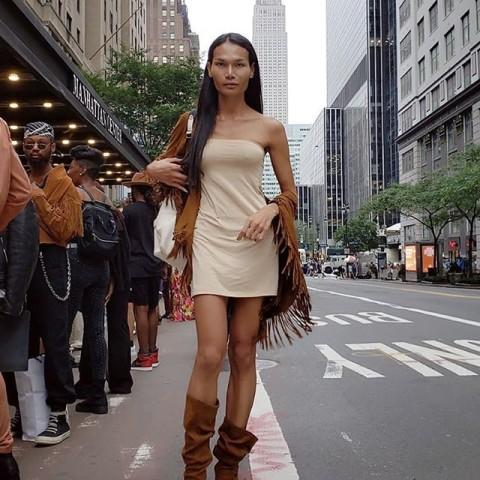 Image result for Монах сменил пол ради карьеры модели