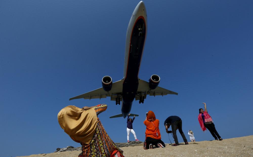 Мальчишник бангкоке, смешные картинки фото самолета