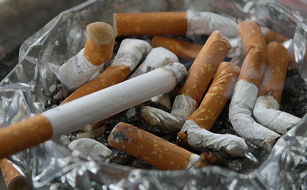 Pētījums: tieši smēķētāji retāk apzinās smēķēšanas saikni ar plaušu vēzi
