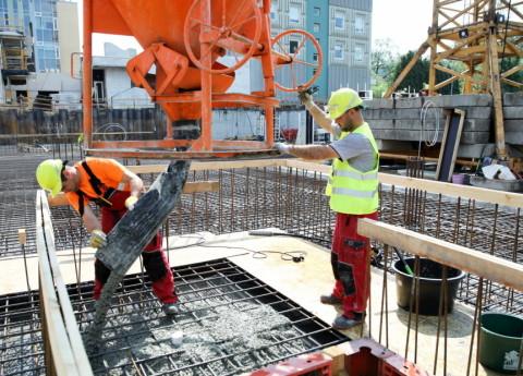 Скандал со строительными фирмами