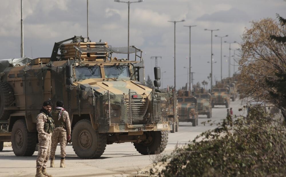 Sīrijas Idlibas provincē valdības spēku uzbrukumā kritis Turcijas...